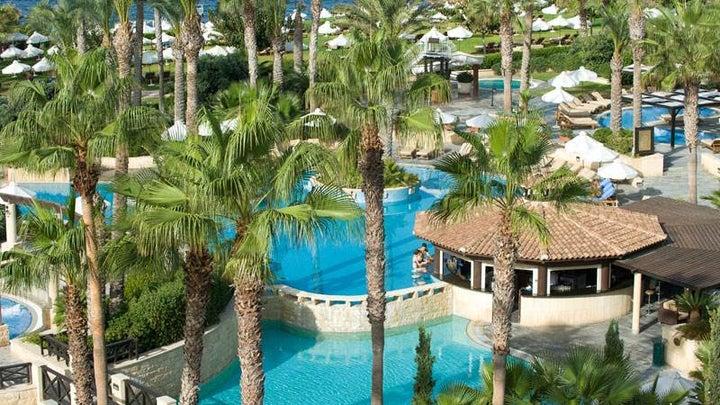 Elysium Resort Hotel Image 2