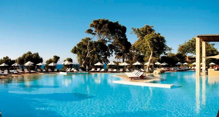 Amathus Beach Hotel Image 0