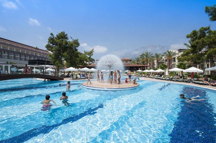 Crystal Aura Beach Resort And Spa Image 9