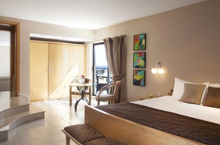 Marina Hotel Corinthia Beach Resort Image 2