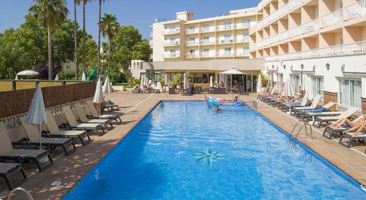 Invisa Es Pla Hotel Image 2