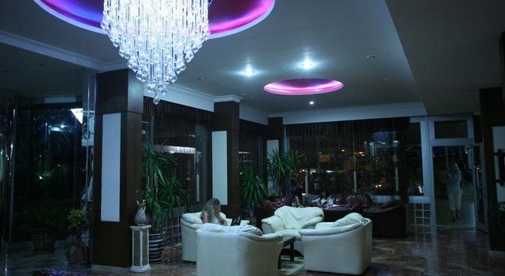 Royal Ideal Beach Hotel Image 15