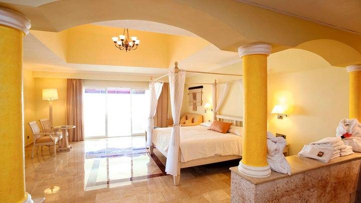 TRS Turquesa Hotel Image 7