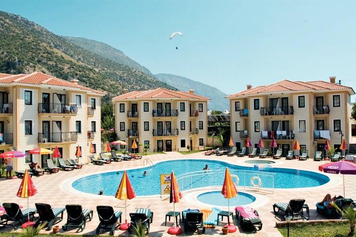 Marcan Beach Hotel Image 1