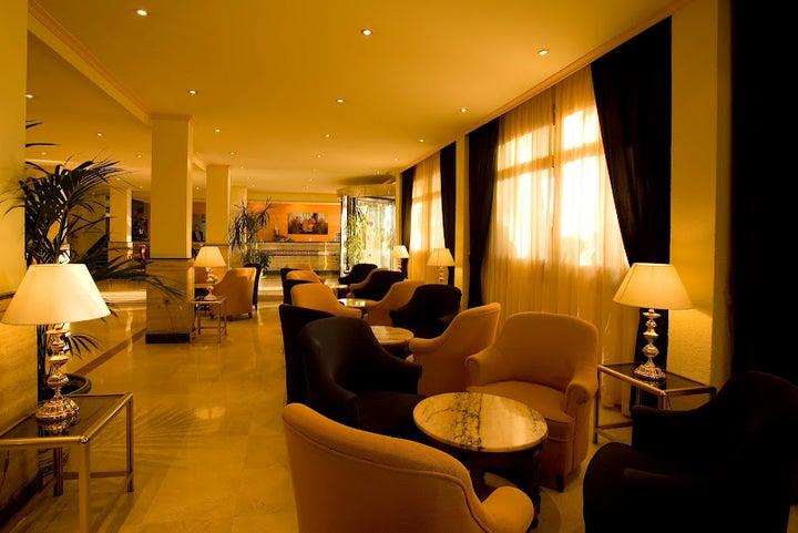 Las Arenas Hotel Image 33
