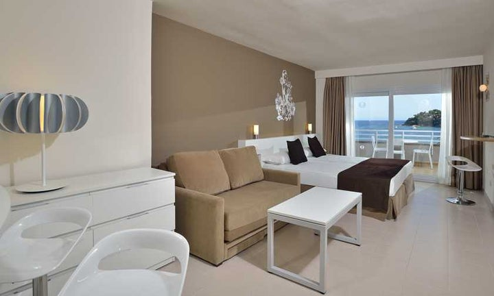 Sol Wave House Hotel Image 11
