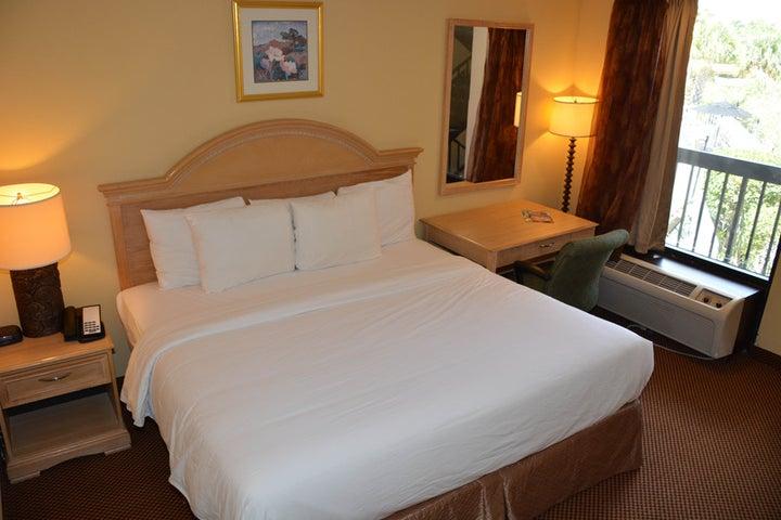 Baymont Inn and Suites Orlando Universal Image 3