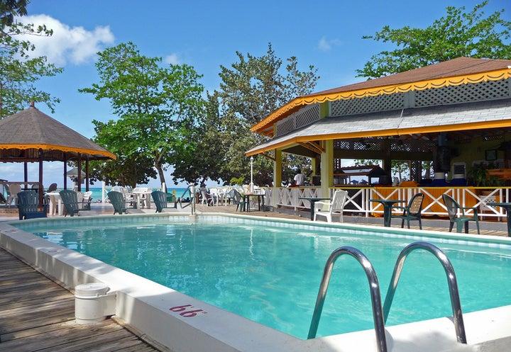 Merrils Beach 2 in Negril, Jamaica