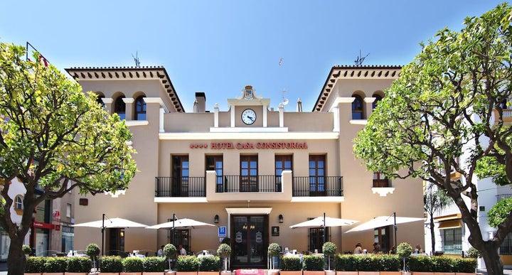 Hotel casa consistorial in fuengirola spain holidays from 376pp loveholidays - Hotel casa espana villaviciosa ...