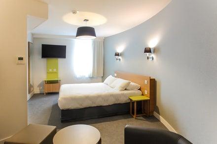 Reseda Hotel
