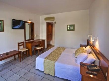smartline Kyknos Beach Hotel & Bungalows Image 9