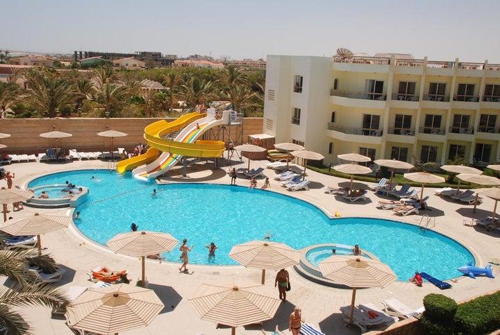 Palm Beach Resort Image 6