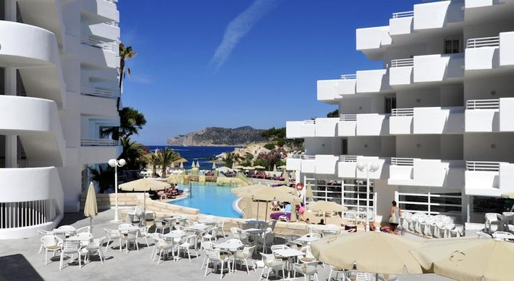 Fergus Cala Blanca Suites (Sta.Ponsa) in Santa Ponsa, Majorca, Balearic Islands