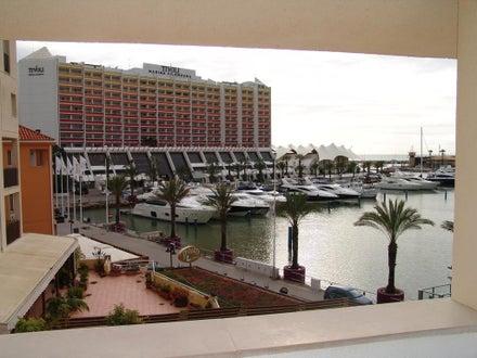 Marina Plaza