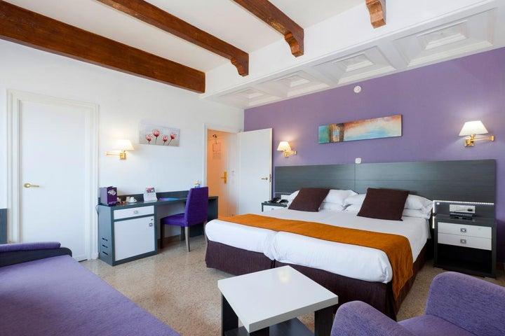 Gran Hotel Delfin Image 15