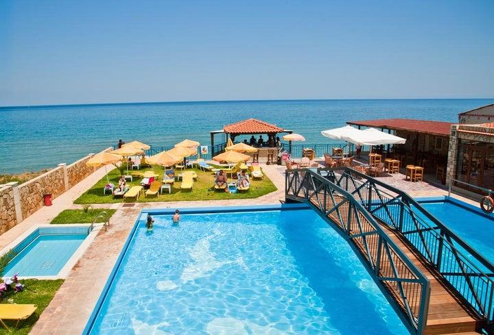 Ekavi Beach Hotel in Rethymnon, Crete, Greek Islands
