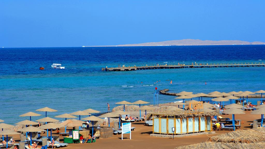 Long Beach Resort Ex Hilton In Hurghada Egypt Holidays From 340pp Loveholidays