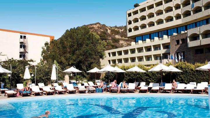 Amathus Beach Hotel Image 1