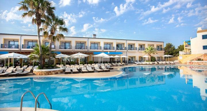 Menorca Hotels Near Beach