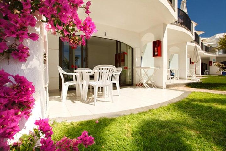 Las Buganvillas Apartments Image 8