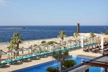 Romantica Universal Hotel