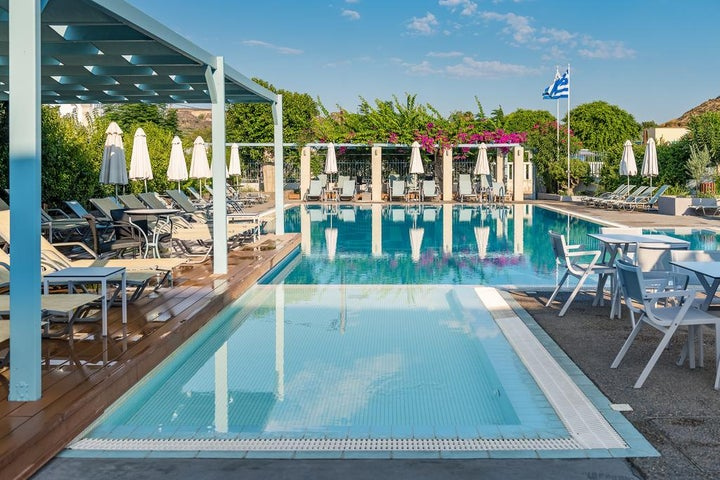Nissia Kamares Hotel & Apartments Image 4