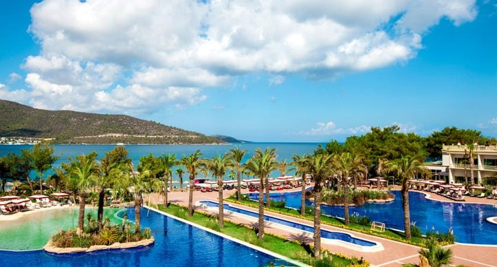 Vogue hotel bodrum in torba turkey holidays from 449pp for Very luxury hotels