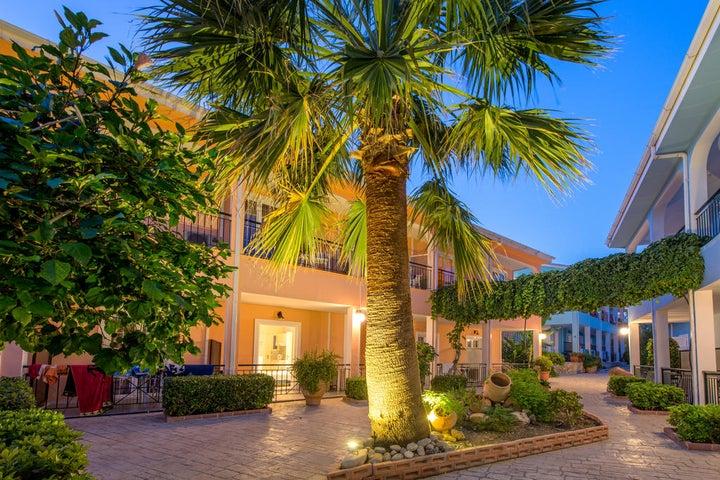 Sofias Hotel Image 27