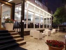 New Jolie Hotel