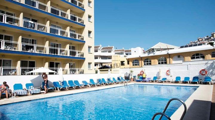 Las Arenas Hotel Image 11