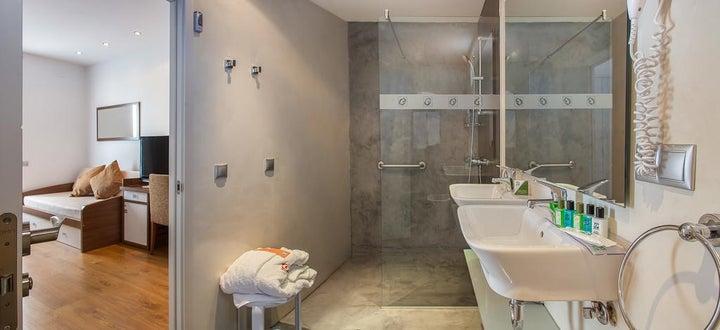 Gran Hotel Delfin Image 32