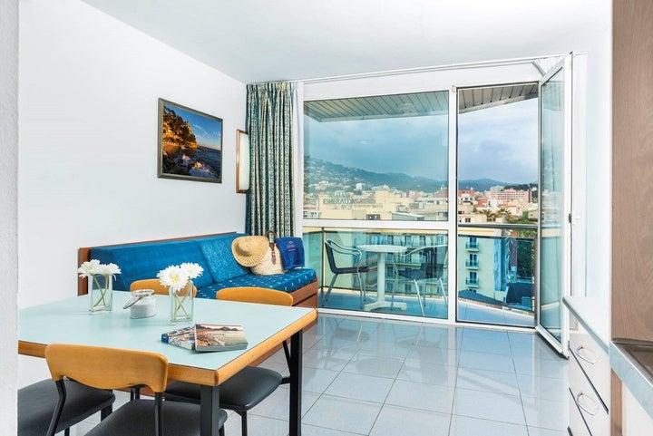 Blau Apartments Image 29