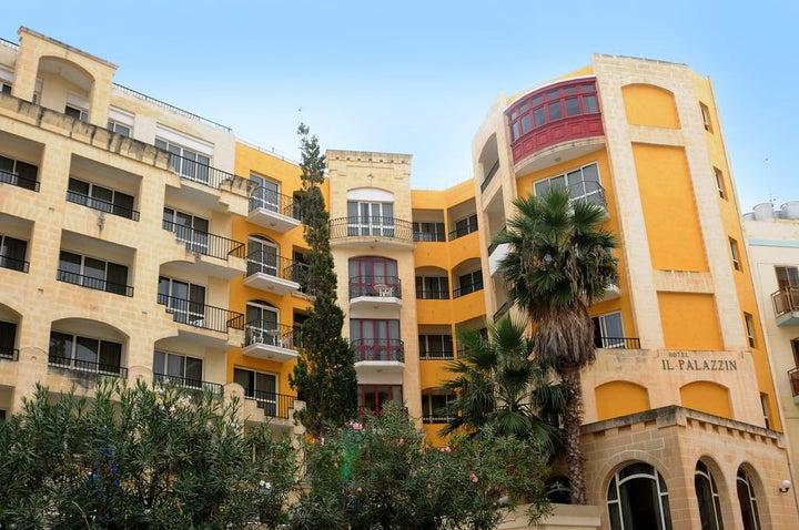 Il-Palazzin Hotel in Qawra, Malta