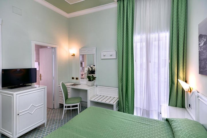 Grand Hotel Riviera Image 12