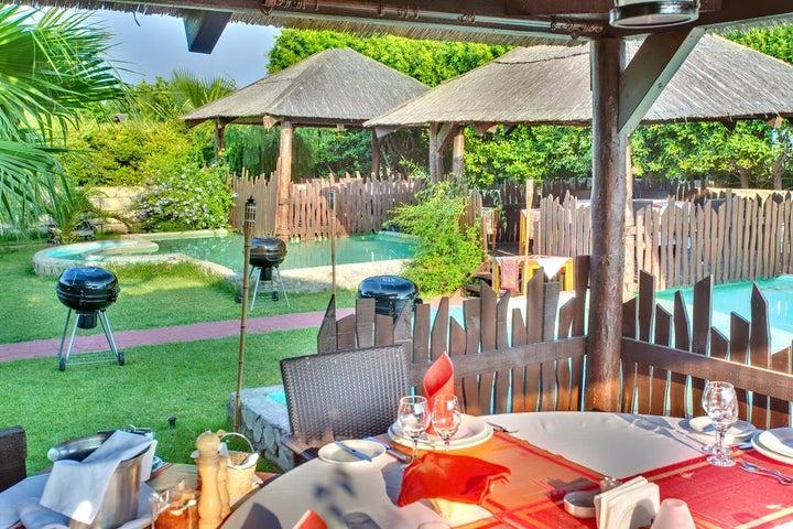 Sherwood Breezes Resort Image 40