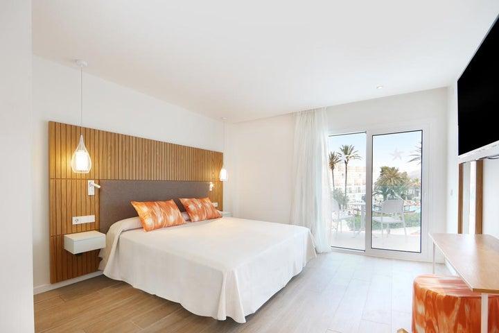 IBEROSTAR Playa de Muro Hotel Image 7