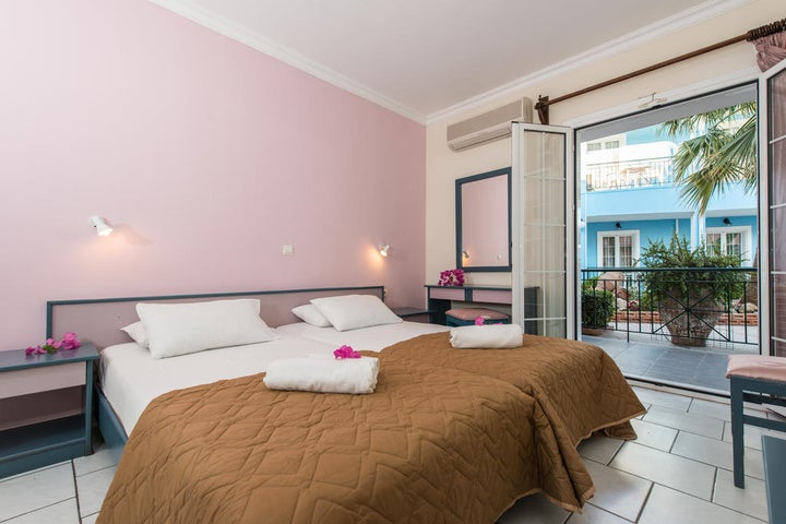 Sofias Hotel Image 4