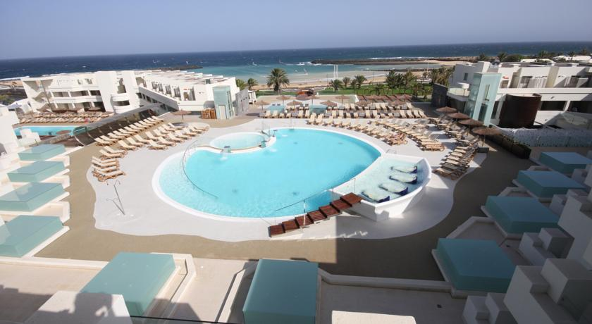 Hd Beach Resort In Costa Teguise Lanzarote Holidays From 671pp Loveholidays