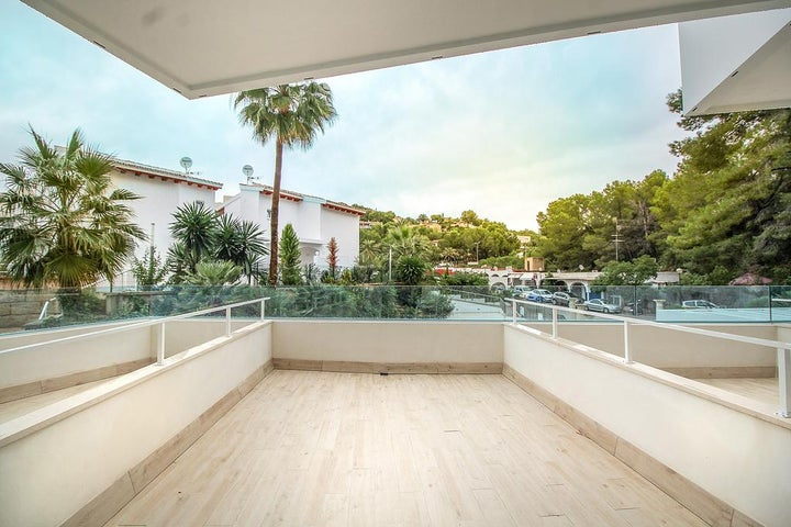 Ola Apartments Bouganvillia Image 3
