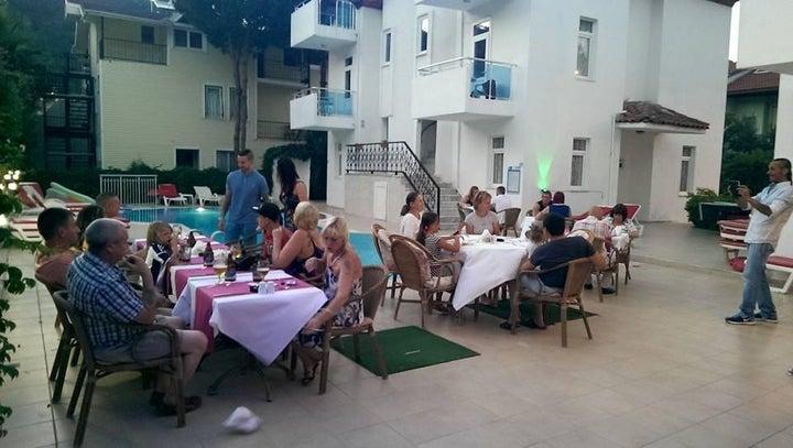 Tolan Apartments Image 27