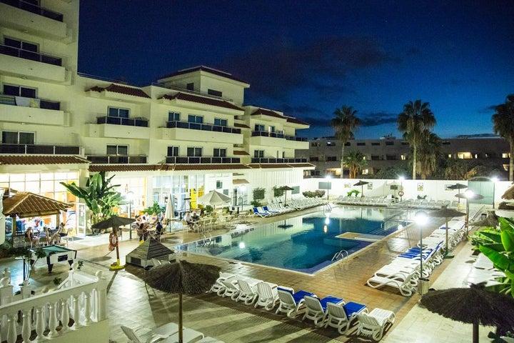 Oroblanco Apartments Image 6