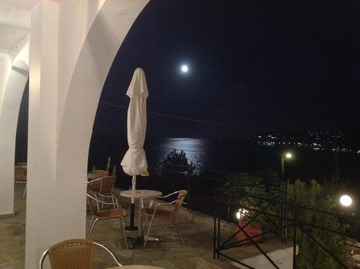 Travlos Studios in Poros, Kefalonia, Greek Islands