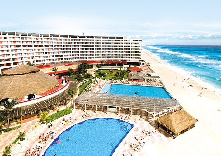 Crown Paradise Club Hotel In Cancun Mexico Holidays From 915pp Loveholidays
