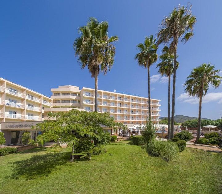 Invisa Es Pla Hotel Image 22