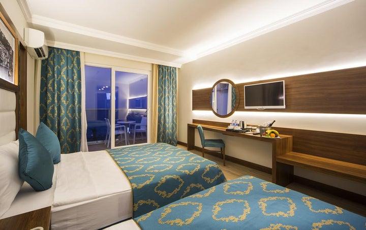 Sun Star Resort Image 8
