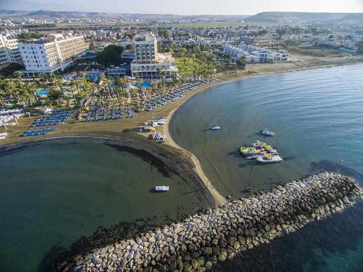 Golden Bay Beach Image 1