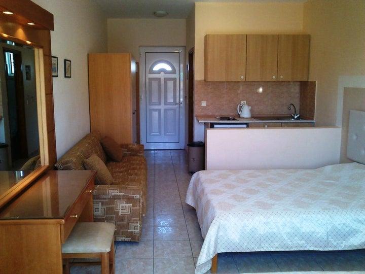 Summer Memories Hotel Apartments Image 12