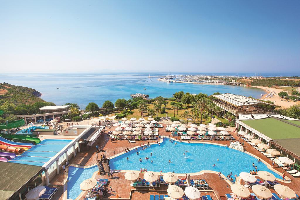 Didim Beach Resort Aqua And Elegance Thalasso in Altinkum Turkey