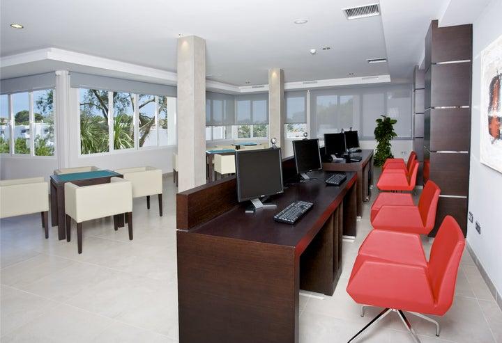 Mar Hotels Ferrera Blanca Image 9