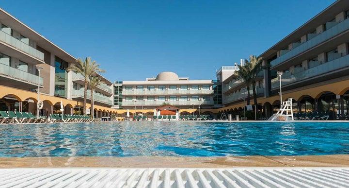 Mediterraneo Benidorm Hotel In Benidorm Spain Holidays From 322pp Loveholidays